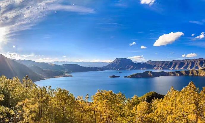 云南瀘沽湖