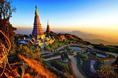 【2020年春節 新馬泰旅游 全程無自費】(贈送三國電話卡)新加坡+馬來西亞+泰國三國10日游