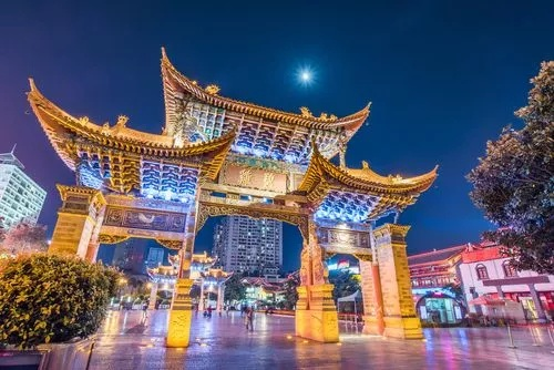 【春节-云南狂欢】(仅一站购物,赠送双表演)昆明+大理+丽江双飞一动6日游